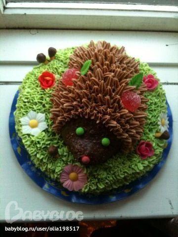 Украшение торта вафельными цветами