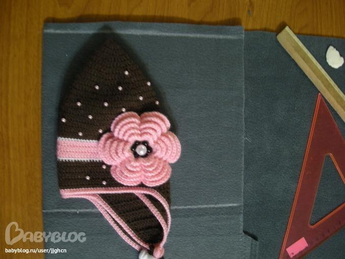 Как сделать подклад к вязаной шапочке