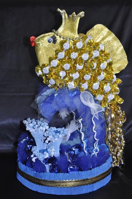 Рыбка из конфет своим руками 813