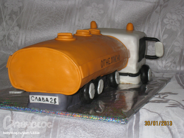 бензовоз торт фото