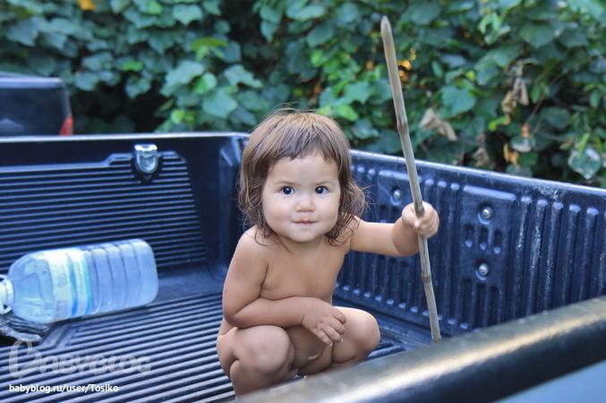 Сердце, конечно, радуется, что ребенок купается в море и ест вкуснющие фрук