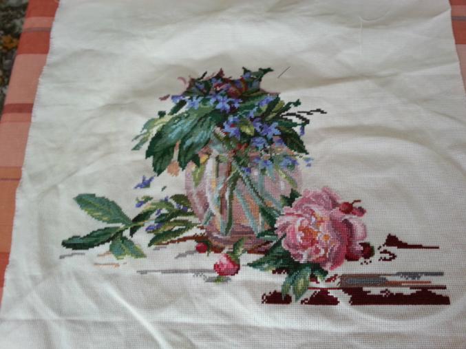 Вышивка пионы и колокольчики