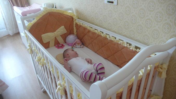 Бортики в детскую кроватку своими руками фото