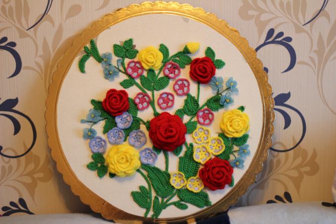 Еще голубенькие цветы (фиалки)