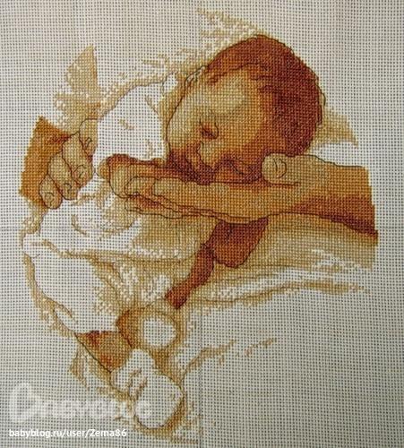 Вышивка крестом фото младенцев