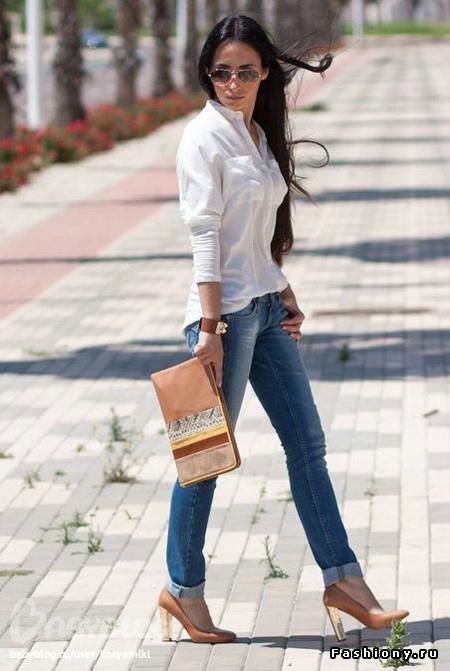 Джинсы И Белая Блузка Фото