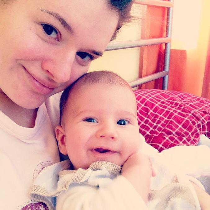 Сынуля извращенец порылся в белье матери онлайн 17 фотография