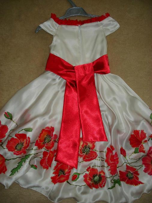 Платье с маками детское