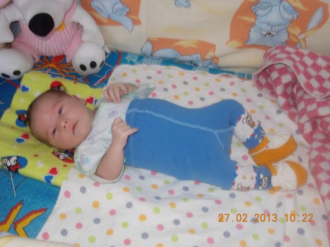 Нам 1 месяц фото дети