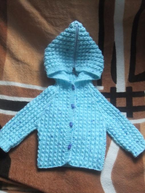 Вяжем капюшон спицами новорожденному