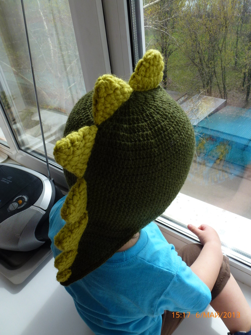 шапка дракон