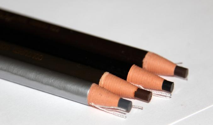 Как поточит карандаш для бровей